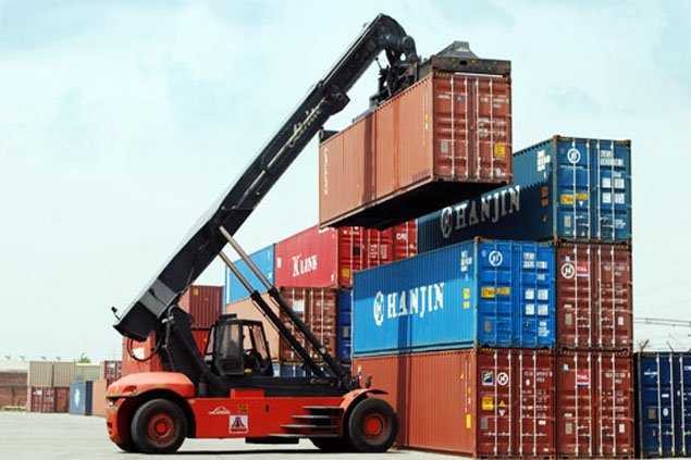 CONTAINER MOVEMENTS